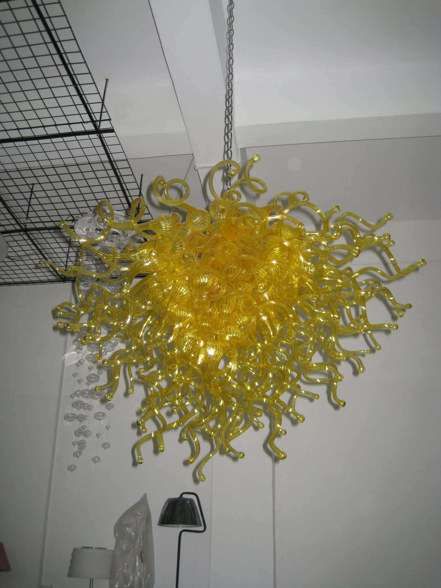 Joy mild endure high temperature borosilicate golden yellow blown glass chandelier